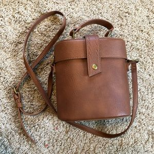 Adorable Universal Thread Bucket Bag